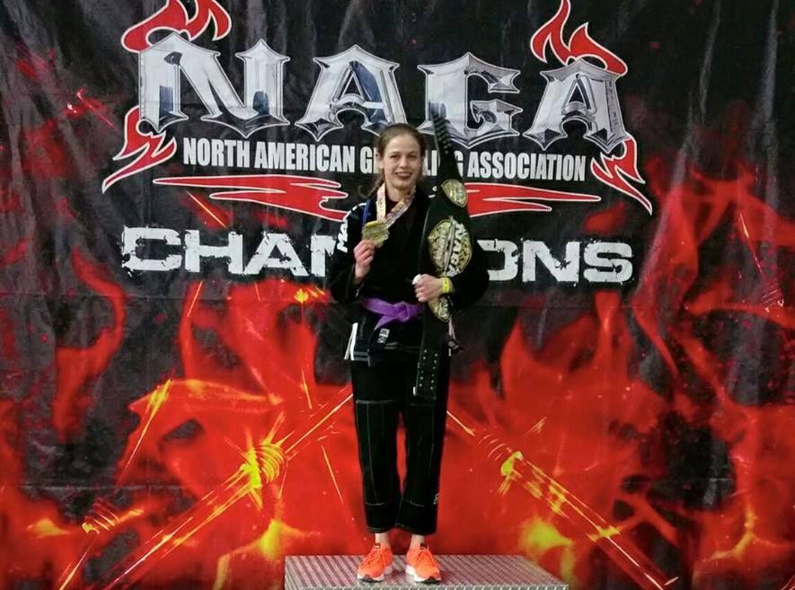Eestlannast jiu-jitsu amatsoon Liisi Vaht noppis Dallases kaks maailmameistritiitlit