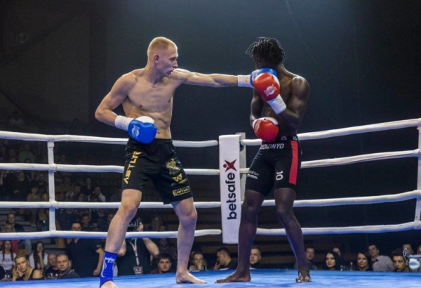 Duel 1 Fight 091