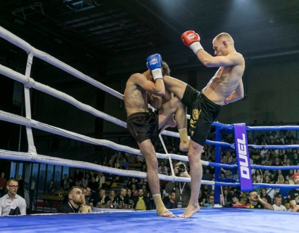 Duel 1 Fight 319