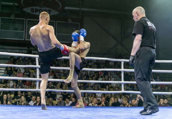 Duel 1 Fight 329